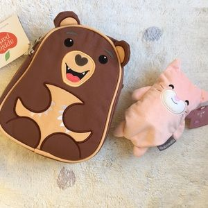 Apple Park Lunchpack + Cubcoats 2-1 Plushie Tee
